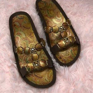 Shoes - NWOT Sandals